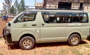 4X4 Safari van Hire for hire/rent in Uganda